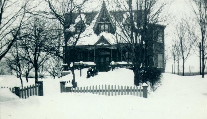 La maison Wickham, rue Victoria / The Wickham House, Victoria Street