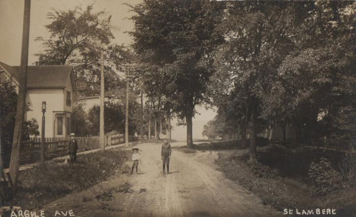 Rue Argyle, Saint-Lambert, vers 1910 / Argyle Street, St. Lambert, circa 1910