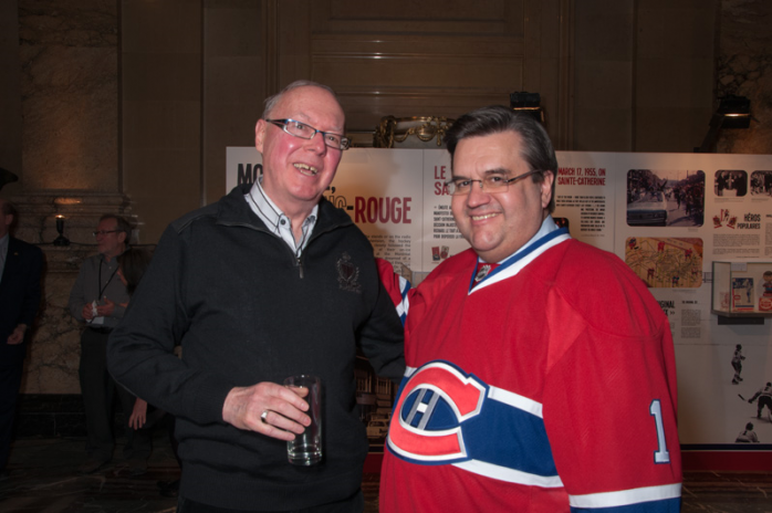 "QAHN director Rick Smith recently met fellow hockey fan Montreal Mayor Denis Coderre. The occasion? A new exhibition at Montreal City Hall, titled ""Montreal, City of Hockey"" (Photo - courtesy)"